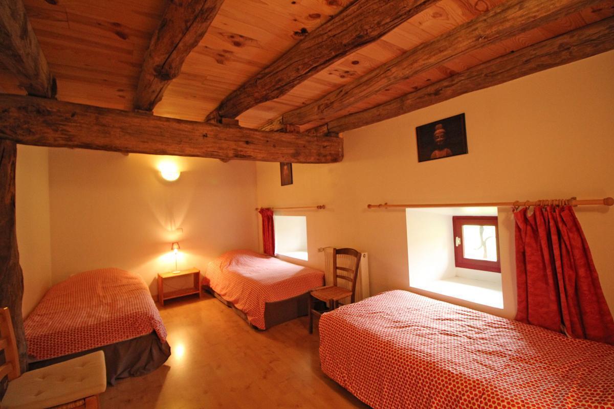 Gite-Lasgorceix-chambre-4